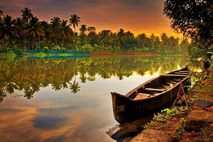 https://www.buddhatravel.co.nz/assets/uploads/package/2020-03-13-08-46-31-2020-03-13-07-07-53-Kerala.jpg
